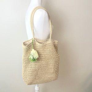 Woven Market Bag with cute yarn tassel